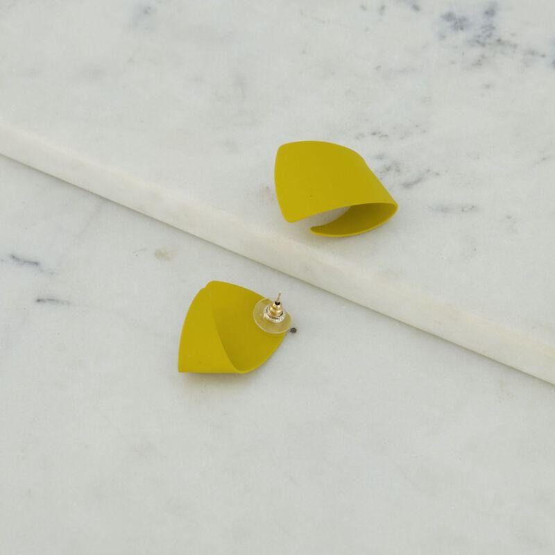 Twisted Epoxy Knot Stud Earrings -  dc8893